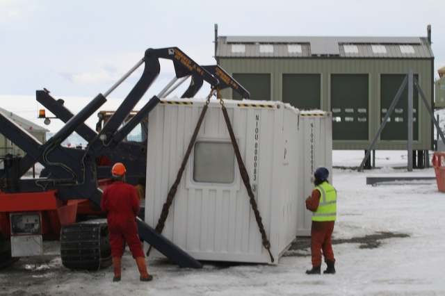 Container move