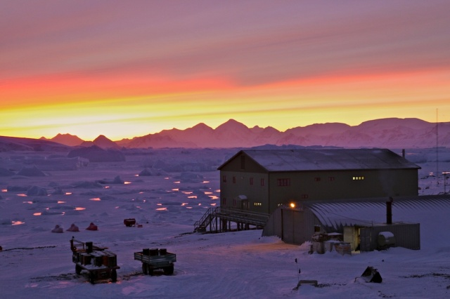Antarctic sunrise